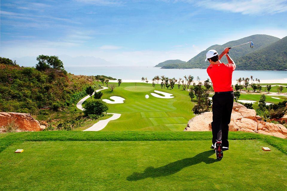 Bảng giá sân Golf Vinpearl Phú Quốc: Địa chỉ, số điện thoại đặt sân, resort
